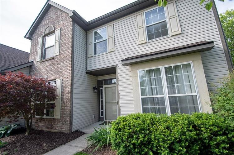 12513 Tealwood Drive Indianapolis, IN 46236 | MLS 21645034 | photo 2
