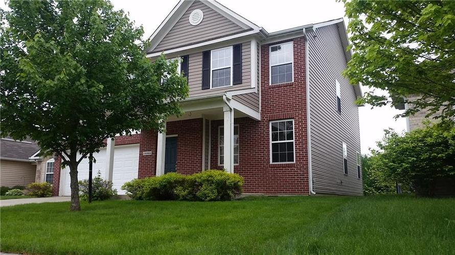 19364  Fox Chase Drive Noblesville, IN 46062 | MLS 21645047