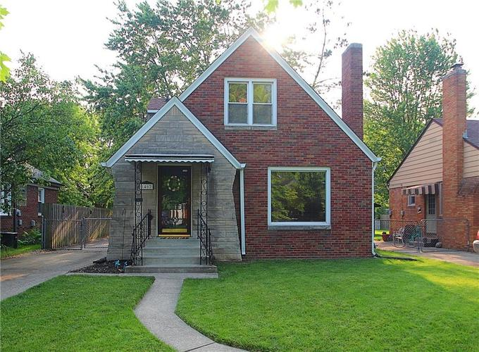 1462 N LELAND Avenue Indianapolis, IN 46219 | MLS 21645081 | photo 1