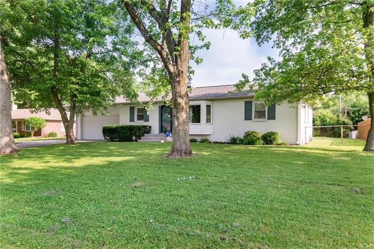 946 W 79th Street Indianapolis, IN 46260 | MLS 21645108 | photo 3