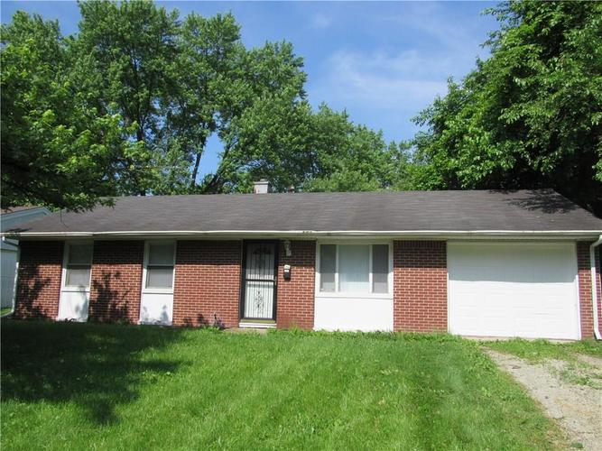 3962 Strathmore Drive Indianapolis, IN 46235 | MLS 21645161 | photo 1