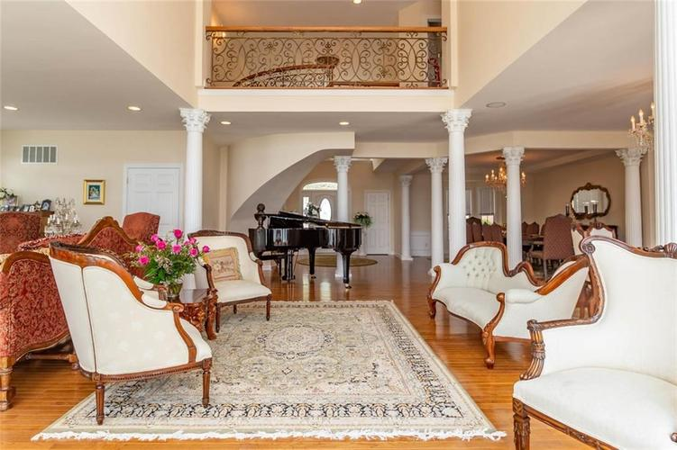 7740 N Lakeview Drive Unionville, IN 47468   MLS 21645224   photo 11