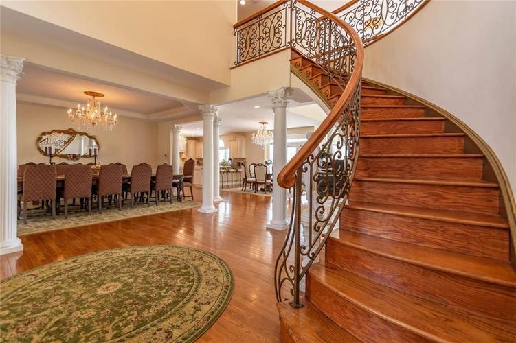 7740 N Lakeview Drive Unionville, IN 47468   MLS 21645224   photo 7