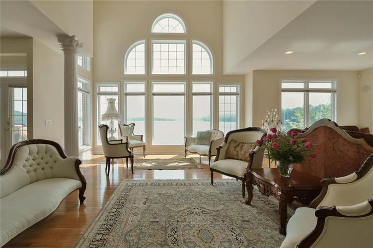 7740 N Lakeview Drive Unionville, IN 47468   MLS 21645224   photo 9