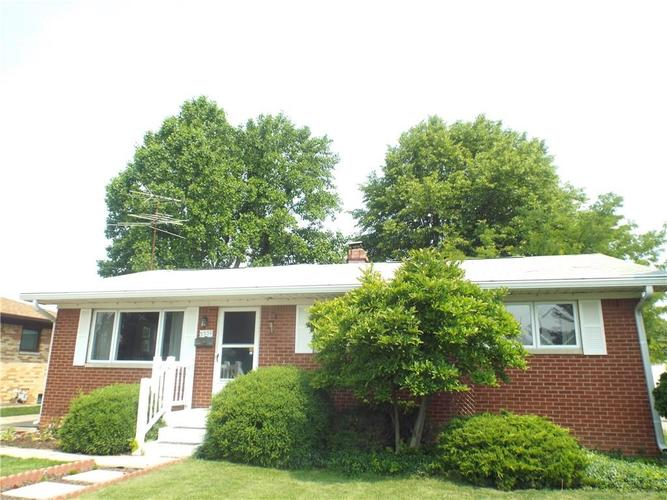 5550 Maplewood Drive Speedway, IN 46224 | MLS 21645320 | photo 1