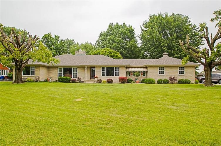2024 S RILEY Highway Shelbyville, IN 46176 | MLS 21645336 | photo 1