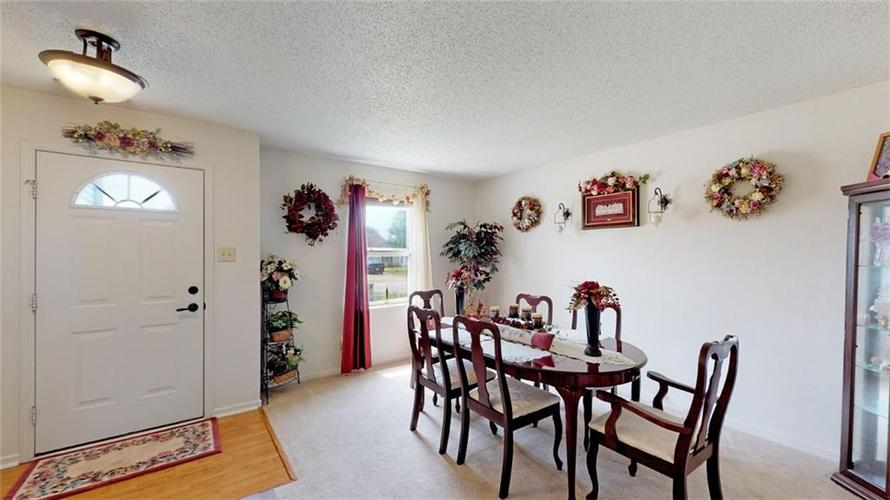 8902 Limberlost Court Camby, IN 46113 | MLS 21645352 | photo 4