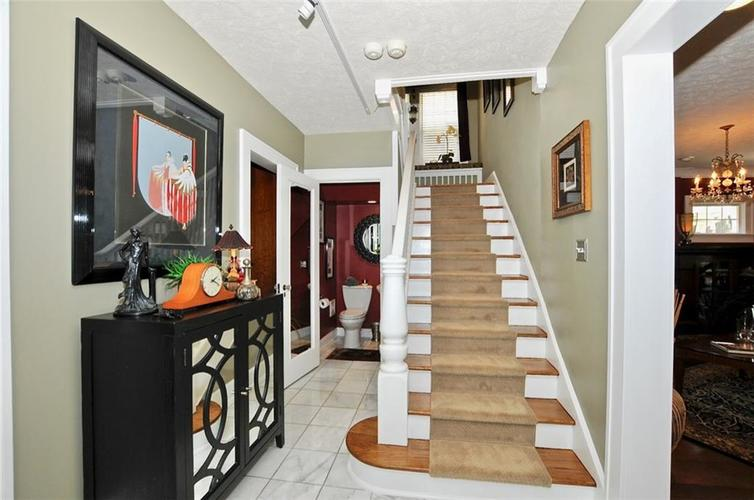 3702 Central Avenue Indianapolis, IN 46205 | MLS 21645416 | photo 16