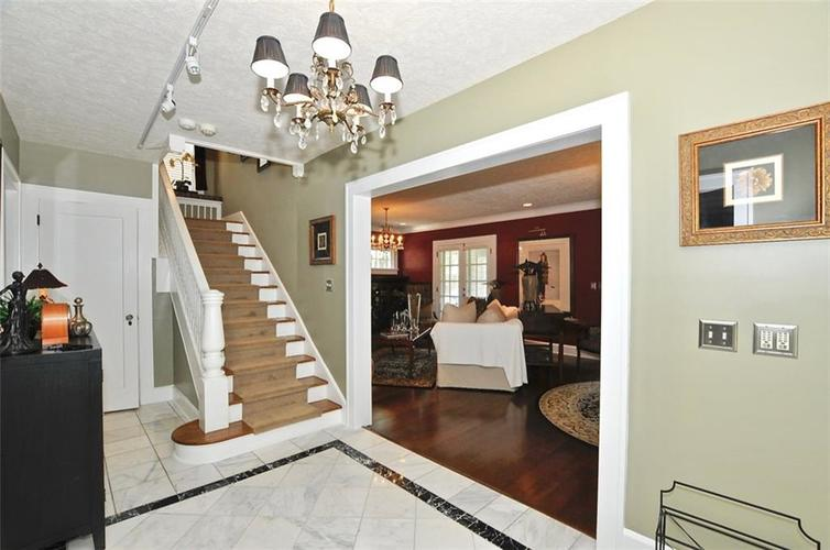 3702 Central Avenue Indianapolis, IN 46205 | MLS 21645416 | photo 18