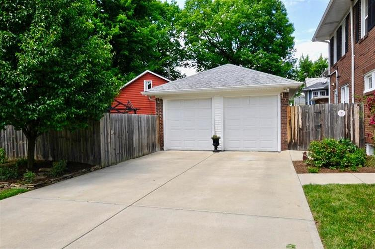 3702 Central Avenue Indianapolis, IN 46205 | MLS 21645416 | photo 44