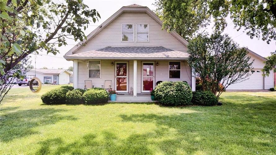 7623 Southeastern Avenue Indianapolis, IN 46239 | MLS 21645439 | photo 1