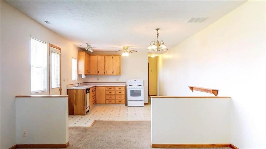 7623 Southeastern Avenue Indianapolis, IN 46239 | MLS 21645439 | photo 24