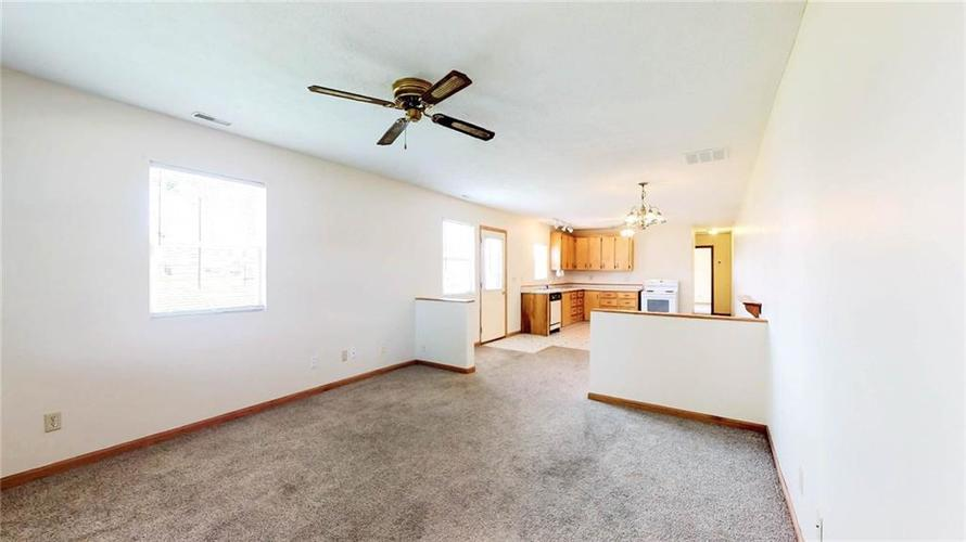 7623 Southeastern Avenue Indianapolis, IN 46239 | MLS 21645439 | photo 25