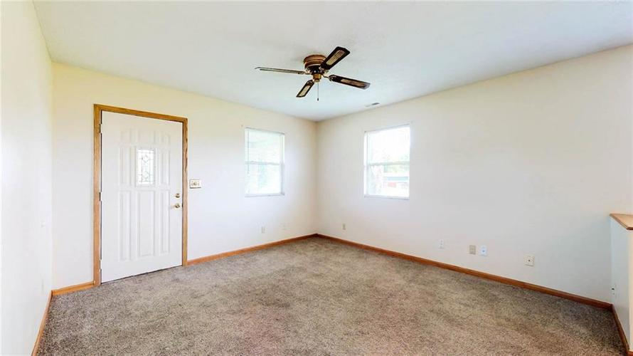 7623 Southeastern Avenue Indianapolis, IN 46239 | MLS 21645439 | photo 26