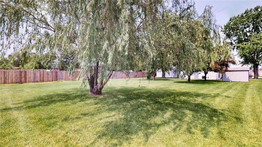 7623 Southeastern Avenue Indianapolis, IN 46239 | MLS 21645439 | photo 34