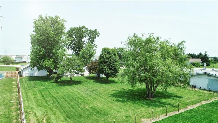 7623 Southeastern Avenue Indianapolis, IN 46239 | MLS 21645439 | photo 38