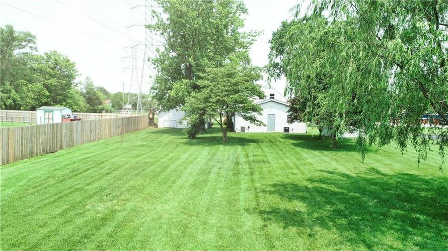 7623 Southeastern Avenue Indianapolis, IN 46239 | MLS 21645439 | photo 39