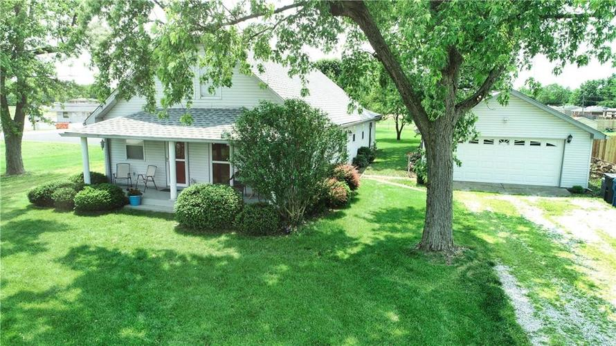 7623 Southeastern Avenue Indianapolis, IN 46239 | MLS 21645439 | photo 48