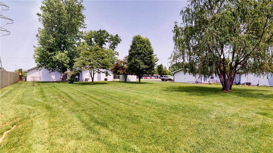 7623 Southeastern Avenue Indianapolis, IN 46239 | MLS 21645439 | photo 6