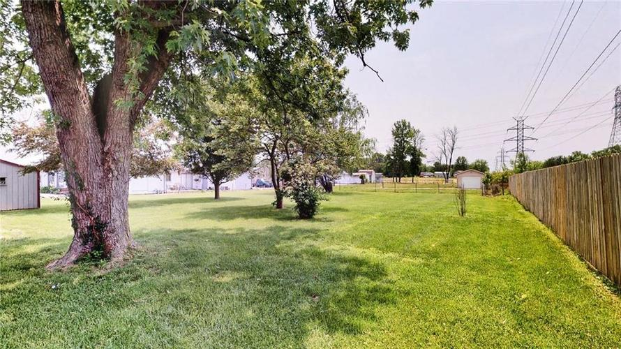 7623 Southeastern Avenue Indianapolis, IN 46239 | MLS 21645439 | photo 7