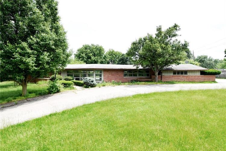 1125 E Southport Road Indianapolis, IN 46227 | MLS 21645527 | photo 1