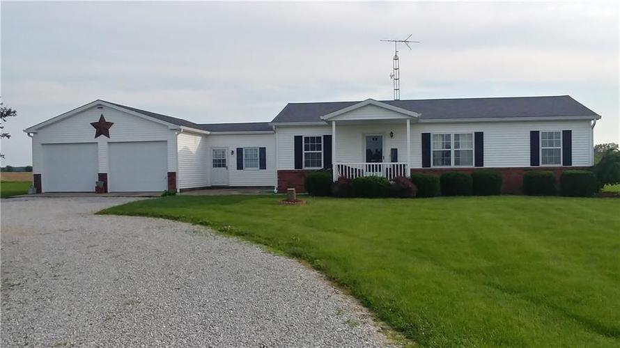 4361 E US Highway 52 Rushville, IN 46173   MLS 21645611   photo 1