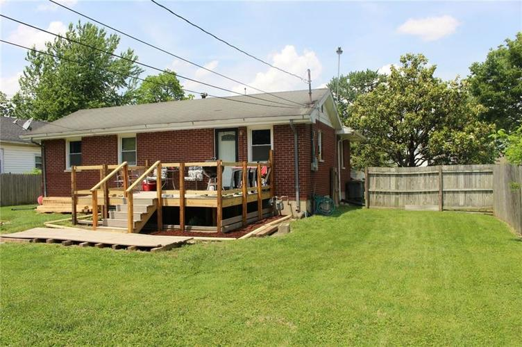 819 W Laurel Street Seymour, IN 47274 | MLS 21645618 | photo 2