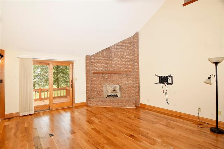 3632 Country Walk Circle Indianapolis, IN 46227 | MLS 21645632 | photo 14