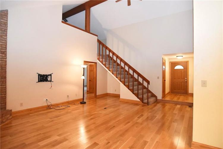 3632 Country Walk Circle Indianapolis, IN 46227 | MLS 21645632 | photo 16