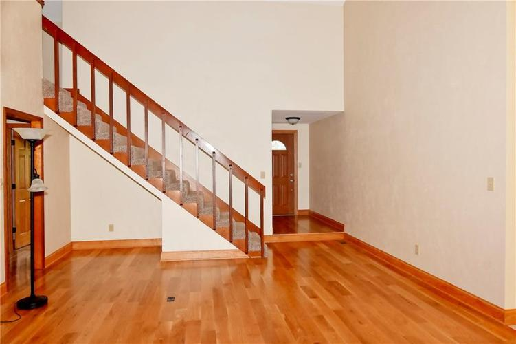 3632 Country Walk Circle Indianapolis, IN 46227 | MLS 21645632 | photo 17