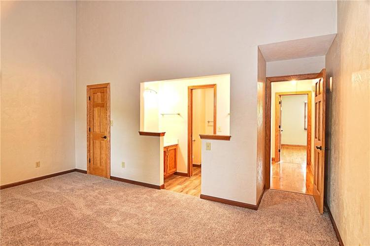 3632 Country Walk Circle Indianapolis, IN 46227 | MLS 21645632 | photo 22