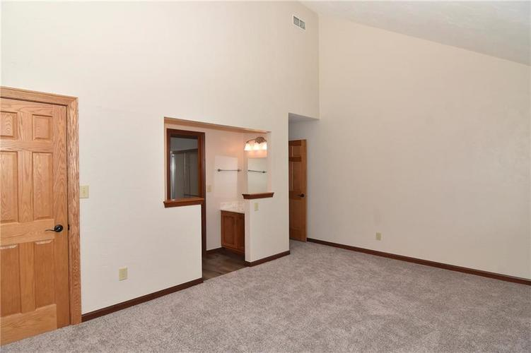 3632 Country Walk Circle Indianapolis, IN 46227 | MLS 21645632 | photo 23