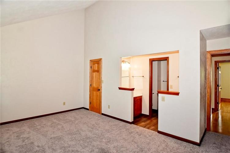3632 Country Walk Circle Indianapolis, IN 46227 | MLS 21645632 | photo 24