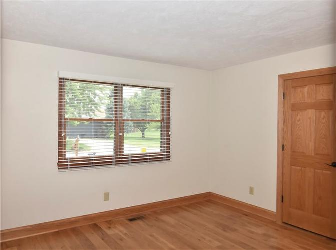 3632 Country Walk Circle Indianapolis, IN 46227 | MLS 21645632 | photo 25
