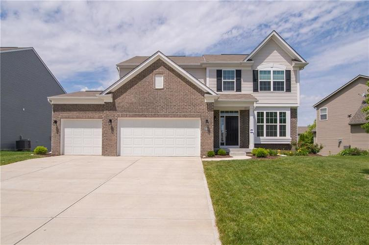 1564 Stormhaven Way Greenwood, IN 46143 | MLS 21645633 | photo 1