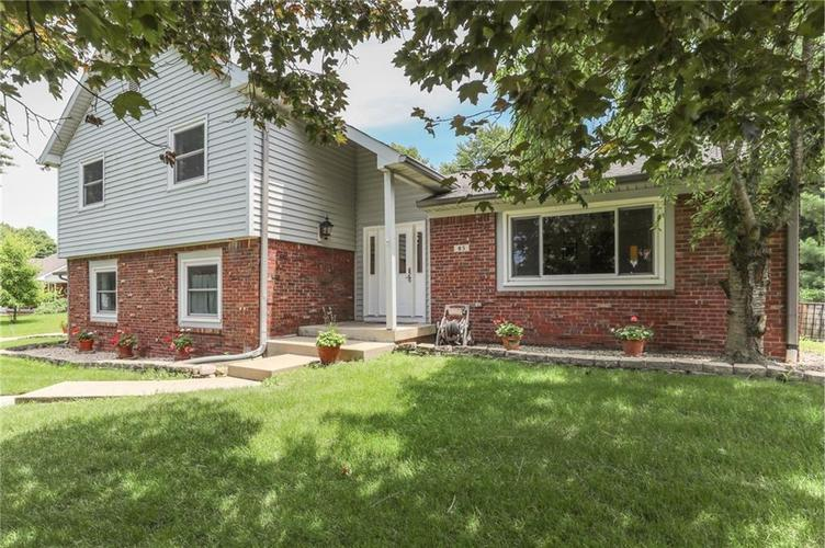 000 Confidential Ave.Greenwood, IN 46142 | MLS 21645634 | photo 1