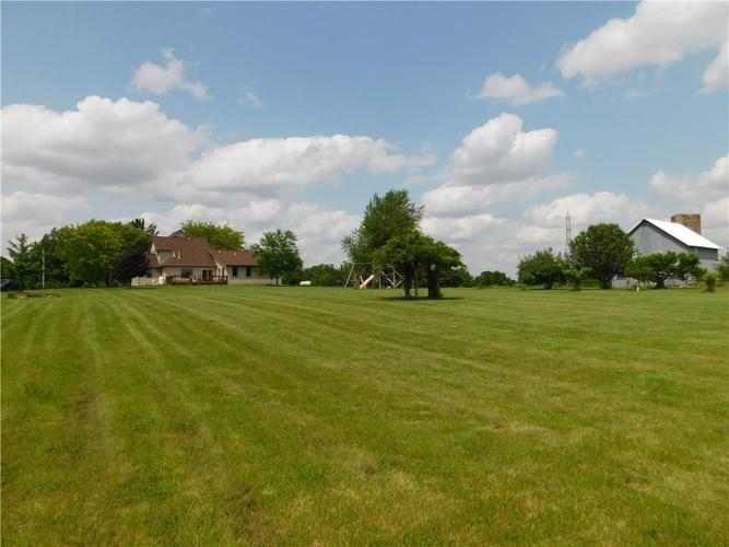 9859 E Windsor Road Selma, IN 47383 | MLS 21645639 | photo 36
