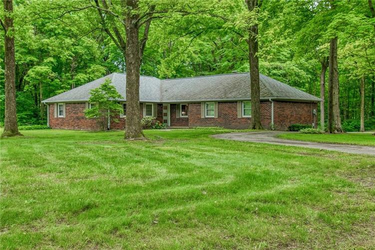 4311 FOREST Drive Brownsburg, IN 46112 | MLS 21645641 | photo 3