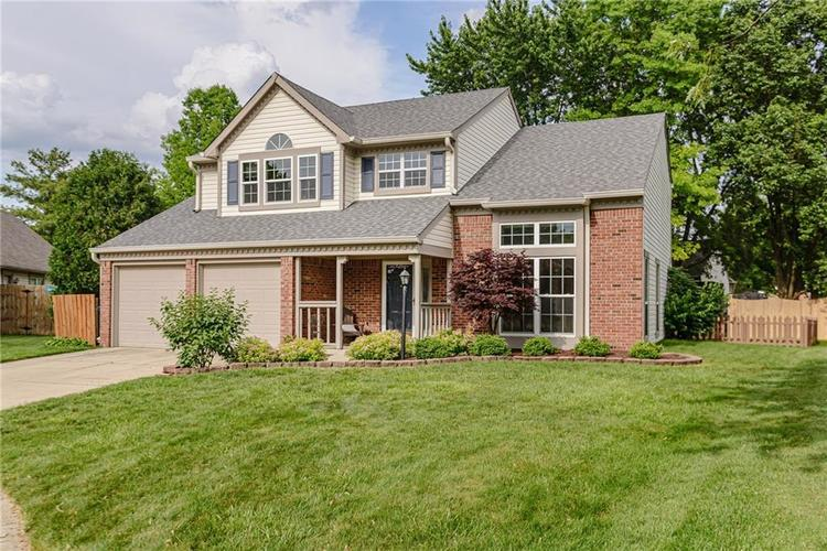 11537 Raleigh Lane Fishers, IN 46038 | MLS 21645658 | photo 2
