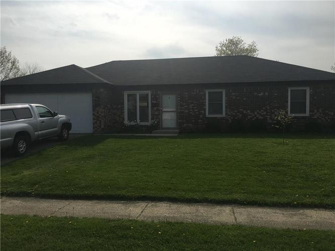 612 S Grant Street Brownsburg, IN 46112 | MLS 21645701
