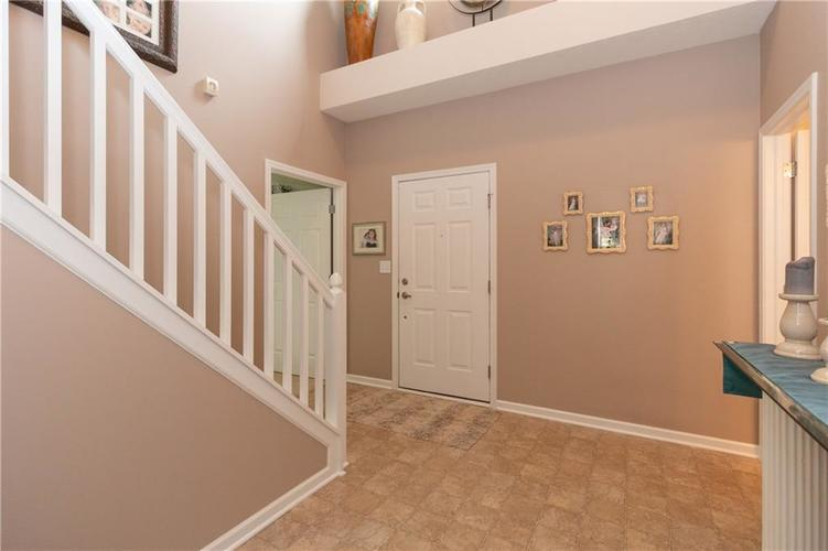 8544 Claverdon Lane Avon, IN 46123 | MLS 21645760 | photo 4