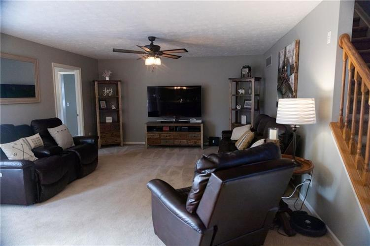 3575 Pennswood Court Plainfield, IN 46168   MLS 21645766   photo 5