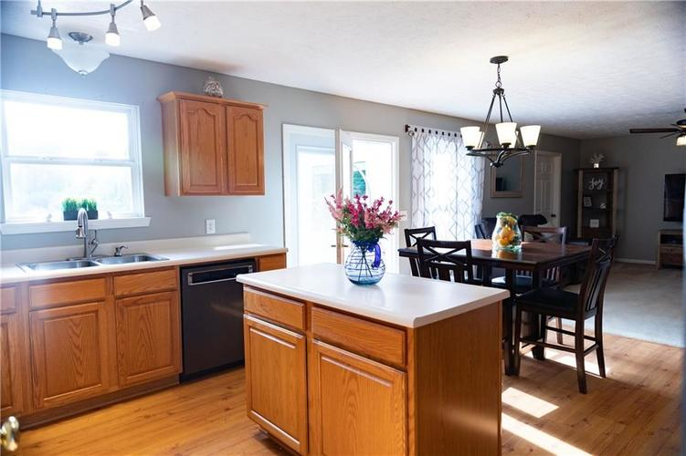 3575 Pennswood Court Plainfield, IN 46168   MLS 21645766   photo 9