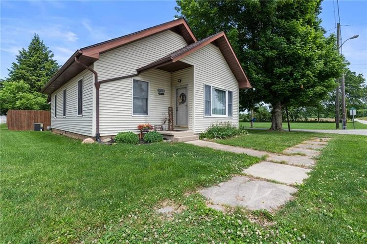 410 E Log Street Carthage, IN 46115 | MLS 21645791
