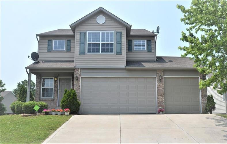 2314 Munn Circle Indianapolis, IN 46229 | MLS 21645854 | photo 1
