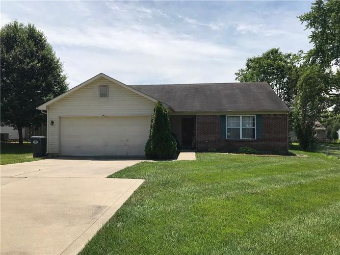 4633 W Smith Valley Road Greenwood, IN 46142   MLS 21645856   photo 1