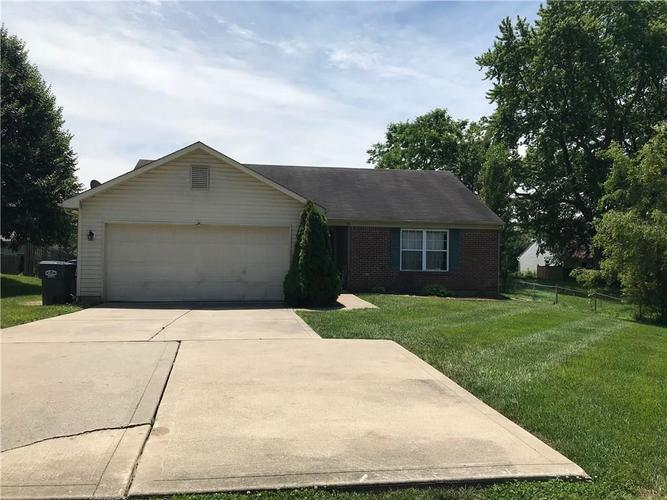 4633 W Smith Valley Road Greenwood, IN 46142   MLS 21645856   photo 2