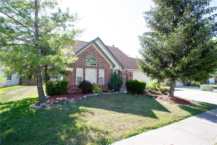126  Easton Point Way Greenwood, IN 46142 | MLS 21645874