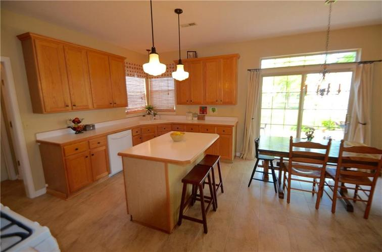 12630 TEALWOOD Drive Indianapolis, IN 46236   MLS 21645885   photo 10