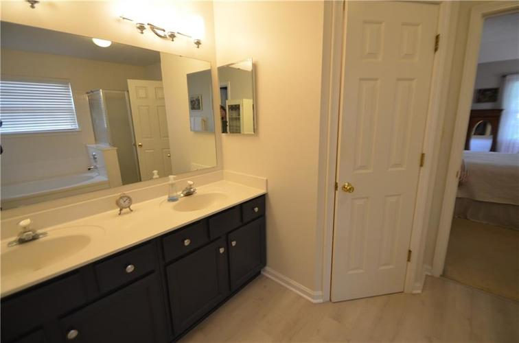12630 TEALWOOD Drive Indianapolis, IN 46236   MLS 21645885   photo 20